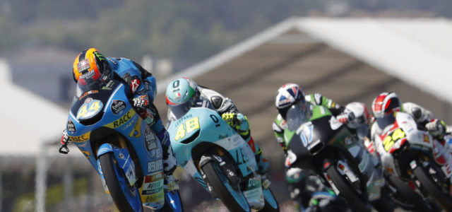 Arón Canet fights back for eighth position in France