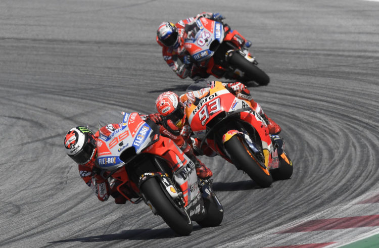 Jorge Lorenzo powers to a spectacular victory at the Red Bull Ring